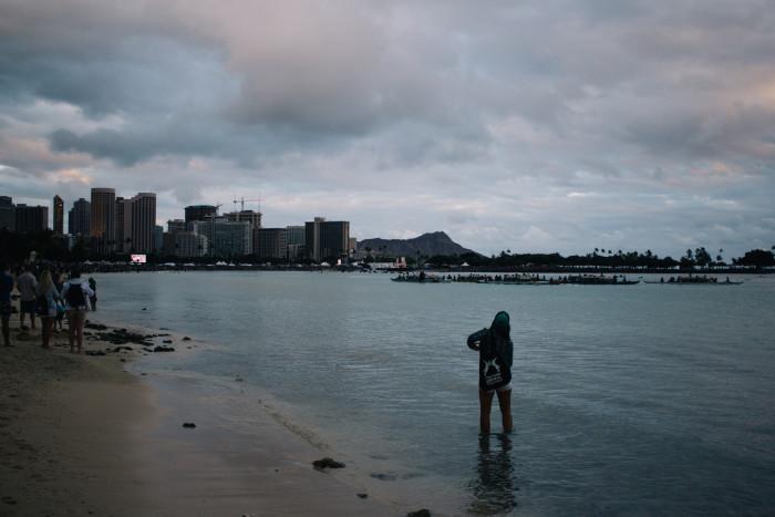 Lantern_Floating_Ceremony_Hawaii_2016-1
