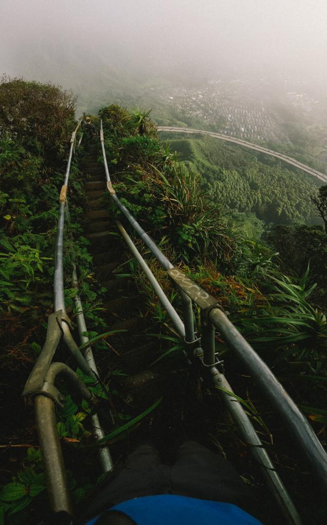 stairway_to_heaven_haiku_stairs_hike_oahu_phone_shots (7 of 9)